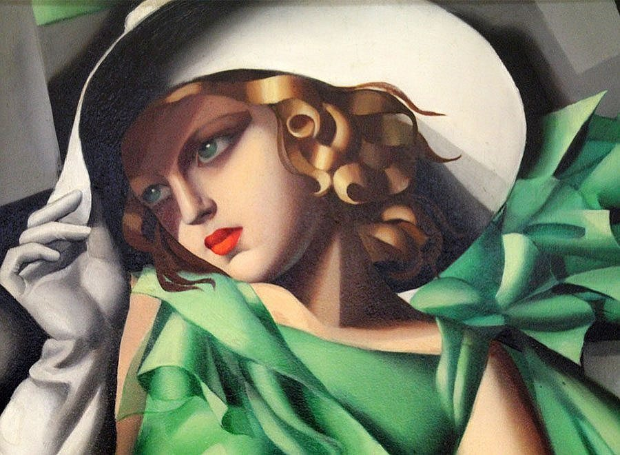 Emotionless with Tamara de Lempicka